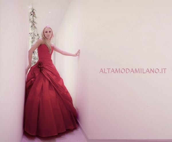TEL-0276013113-Vestiti-rossi-da-sposa-2014-ALTAMODAMILANO.IT.jpg